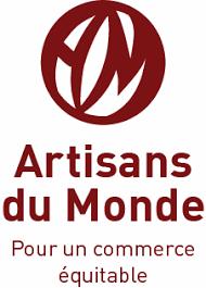 Mettre en valeur et vendre des produits du Commerce Equitable dans notre boutique à La Rochelle